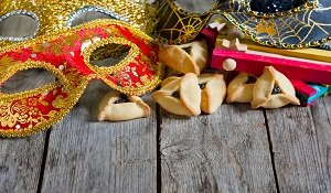 Purim: customs of a cheerful holiday